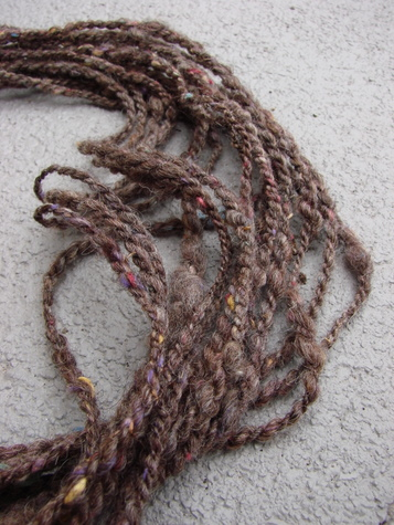 tweed yarn strands